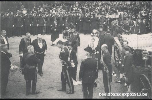 Officiële opening van de Wereldtentoonstelling van Gent en de Floraliën door Koning Albert, Koningin Elisabeth en Prins Leopold (26/4/1913)