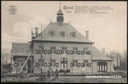 Expo 1913 in opbouw: Gemeentehuis van het Nieuwerwetsche Dorp